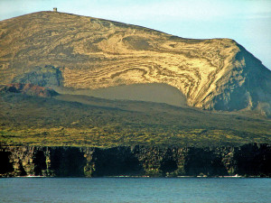 800px-Surtsey_Island1