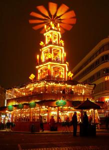 Weihnachtsmarkt_Pyramide
